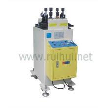 uma máquina para endireitar a correção de materiais finos