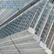 galvanized bar grating step,galvanized toe grating,galvanized serrated grating