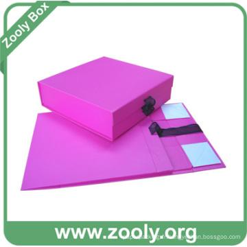 Boîte cadeau en papier pliable rouge / Boîtes pli petit bébé