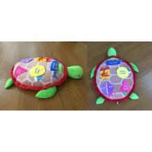 Früh lernende Babyspielzeugschildkröte