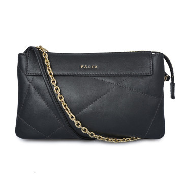Pochette media in pelle con borsa laterale