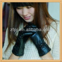 Mulheres estilo basice luva de inverno de couro