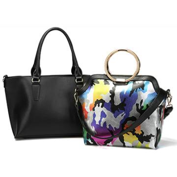 PU mujer de cuero bolso acentuado cadena de metal en ambos lados Manija superior con correa desmontable, bolsa en un bolso (ZX10077)