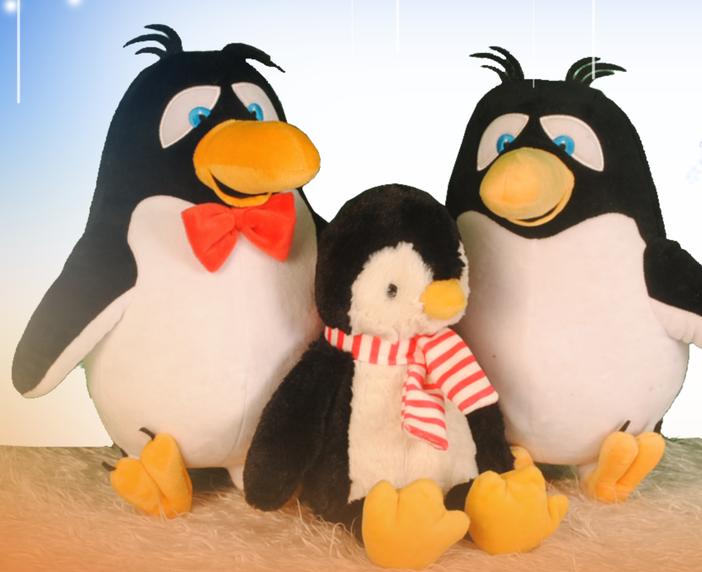 Happy penguin family plush toys