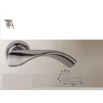 Aluminum Handle with Zinc Alloy Escutcheons