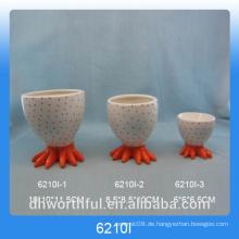 Orange Chick Fuß Design Keramik Eierbecher Inhaber für Ostern Tag