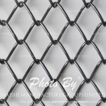 Cercado de alambre de cadena recubierto de PVC negro