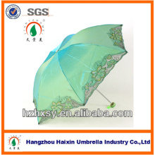 Lembranças e presentes da promoção Guarda-chuva de mudança da cor do bordado feito a mão