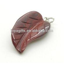 AAA Grade natürlichen roten Stein Blatt Anhänger für Halskette