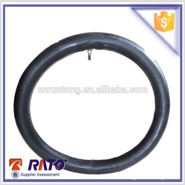 Tubo de goma de la motocicleta 18 del precio de fábrica con el CE hecho en China