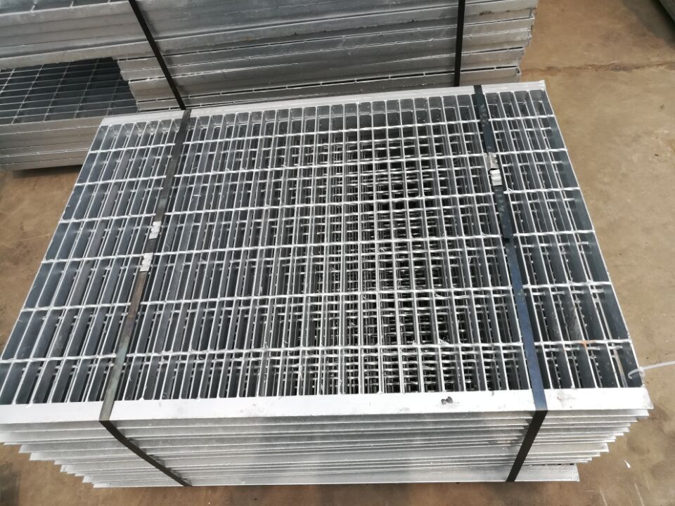 Pressured Welded Galvanized Grating