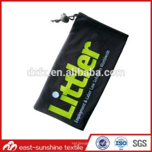 Venta al por mayor microfibra tela logo impresión gafas de sol bolsa