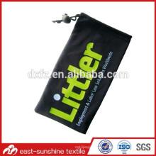 Logo en gros de microfibres imprimé sac de lunettes de soleil