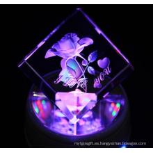 Los favoritos comparan la fuente de la fábrica K9 Crystal Cube Wholesale, Crystal Grabado Flower Souvenir Gifts