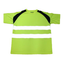 Grünes reflektierendes T-Shirt Weste
