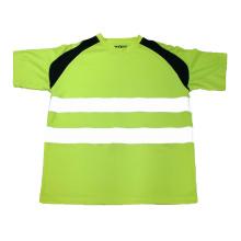 Chaleco reflectante verde de la camiseta