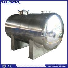 Réservoir de stockage d'eau horizontal isolé en acier inoxydable