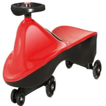 Carro de torção divertido ao ar livre para crianças