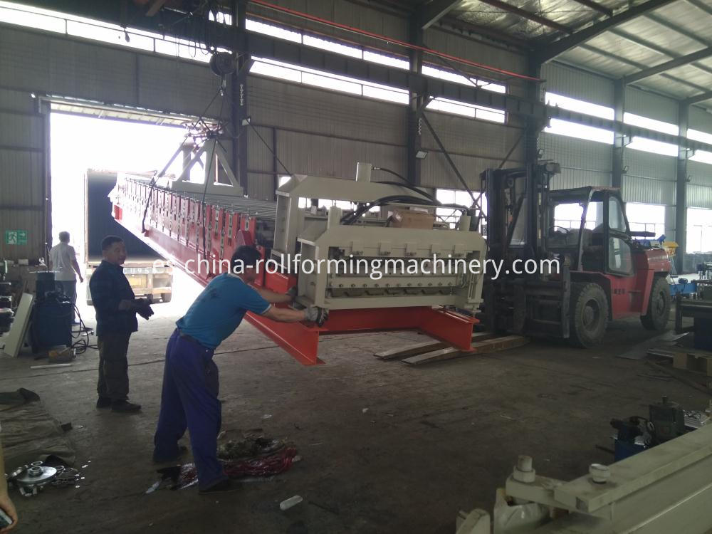 Exporting Double Layer Roll Forming Machine
