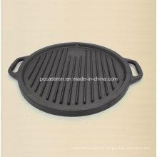 Grelha de grelhador de ferro fundido pré-temperado para cozinhar o bife