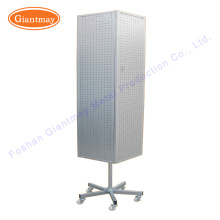 Einzelhandelsgeschäft 4-seitig Board-Produkt Metall drehbare PEGBOUS Boden Spinner Display Stand Rack mit Rädern