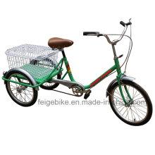Personas mayores usan el triciclo de bicicleta de tres ruedas (FP-TRCY025)
