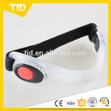 Brazalete multifuncional del LED que destella para correr