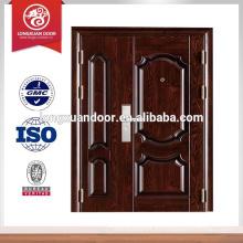 Puertas y puertas de acero edificio de apartamentos de entrada