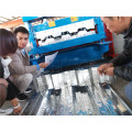 Adjustable Plant Galvanized Floor Deck Roll Pembentukan Mesin