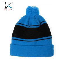 Alta qualidade personalizado Hip Hop azul Beanie Hat com pom pom inverno malha gorro / atacado gorro preto com applique bordado logotipo