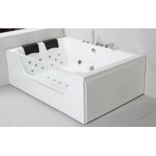 Чистая акриловая крытая гидромассажная ванна