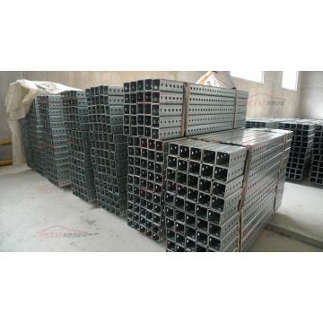 Venta al por mayor de acero al carbono perforado galvanizado Square Sign Post