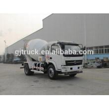 As rodas do tipo 6 de Shacman conduzem o caminhão do misturador concreto para o medidor 3-6 cúbico