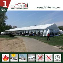 Tentes de luxe avec éclairage pour les événements de mariage en plein air