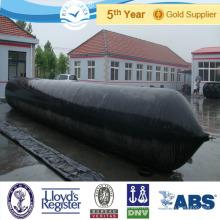 Caoutchouc cylindrique gonflable à feuilles persistantes de lancement des airbags marins utilisés pour les navires, les navires, en Turquie et les chantiers navals du Brésil