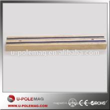 Porta-cuchillo magnético de madera