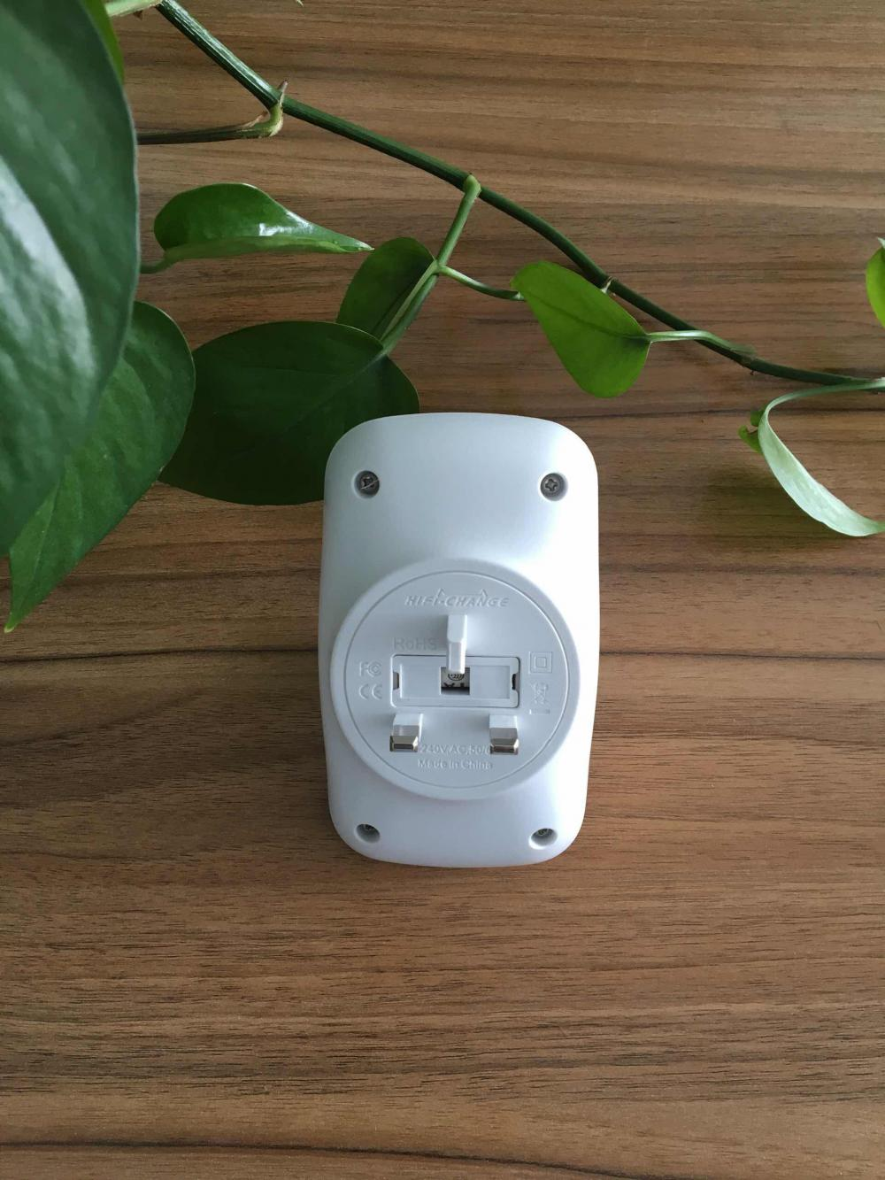 16-UK Plug-Hifi-Change Ultrasonic Pest Rodent Repeller