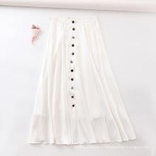 Jupe décorative boutonnée blanche en mousseline de soie