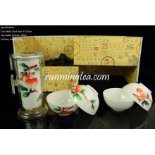 Jingdezhen Lychee Hand-painting Easy Tea-maker & Four Cups, en una caja de regalo