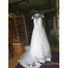 Vestido nupcial hermoso del vestido de boda del cuello del tren de la corte de la parte posterior hermosa moderna P103
