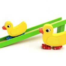 venta caliente eco friendly kids toy pato de salto de madera
