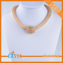 Latest New Design Gold Chain Crystal Pendant Necklaces