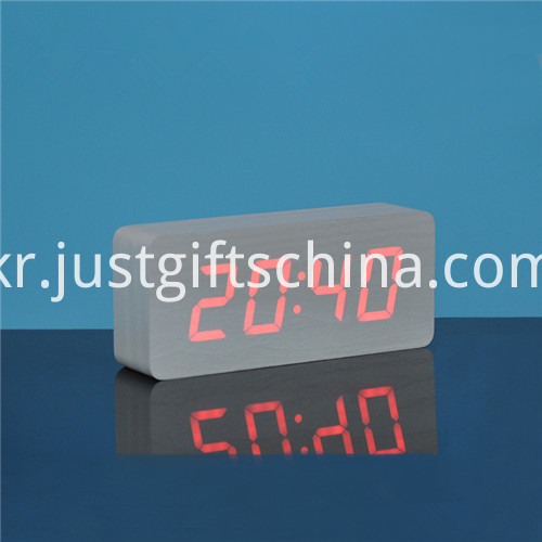 Promotional Logo Printed Rectangle Wooden Clock 4
