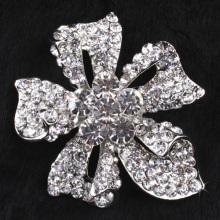 Christmas Gift For Women Fashion Flower Silver Rhinestone Brooch for wedding Personalized Bridal Jewelry Wholesale