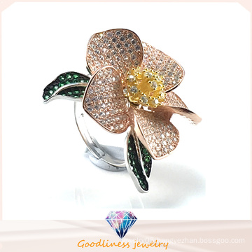 Fashion Jewelry Ring in Gold Elegant Flower Pattern 925 Sterling Silver Silver Wedding Ring (R10500)