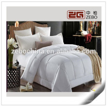 High Quality Super Warm 400gsm Microfiber Filling Wholesale Queen Bed Quilt