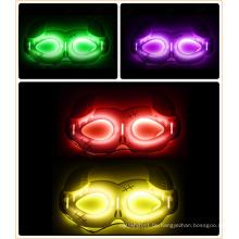 Neue Artikel Leuchtmaske der Hornform