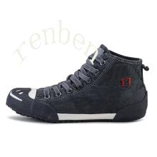 Hot New Classic Men′s Casual Canvas Shoes