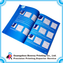 Publicité des brochures en couleur / impression de catalogues