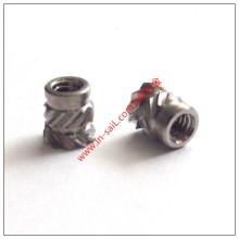Écrou cannelé d'insertion d'acier inoxydable cannelé